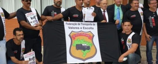 Protesto contra insegurança no transporte de valores