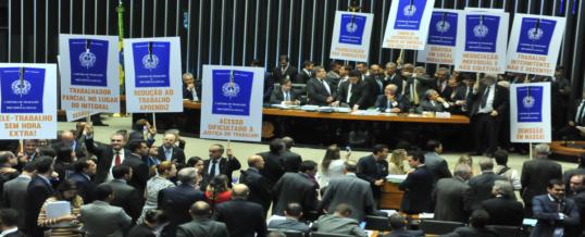 Câmara Aprova Proposta de Reforma Trabalista